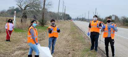 Check out our Royal High School National Honor Society members completing their February 6 Adopt-A-Highway project! Thank you to our NHS for giving back to our community!
