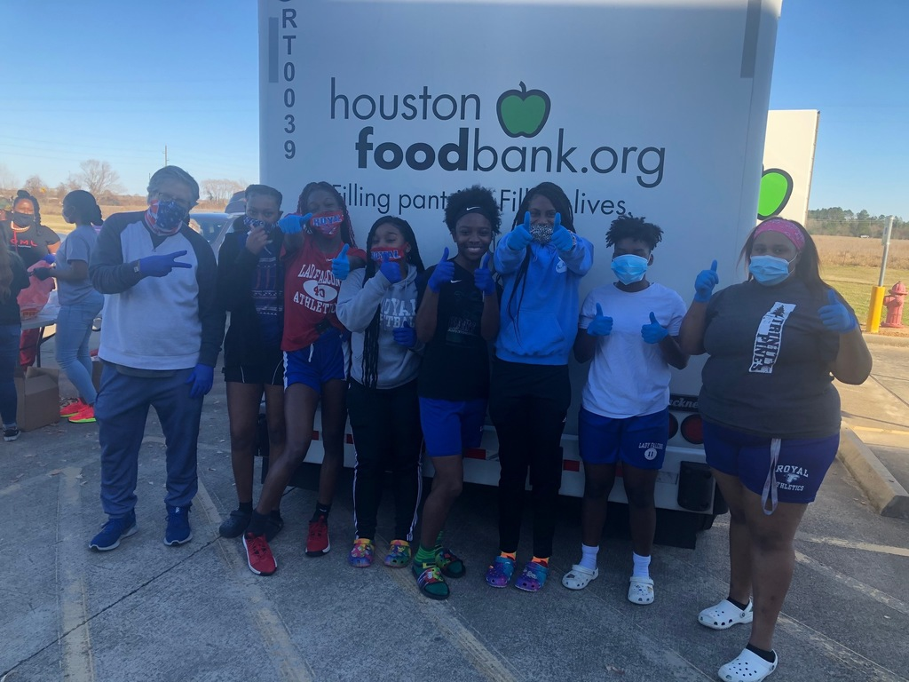 Check out the Lady Falcons basketball team giving back during the 2/22 Houston Food Bank distribution. Thank you for serving your community!