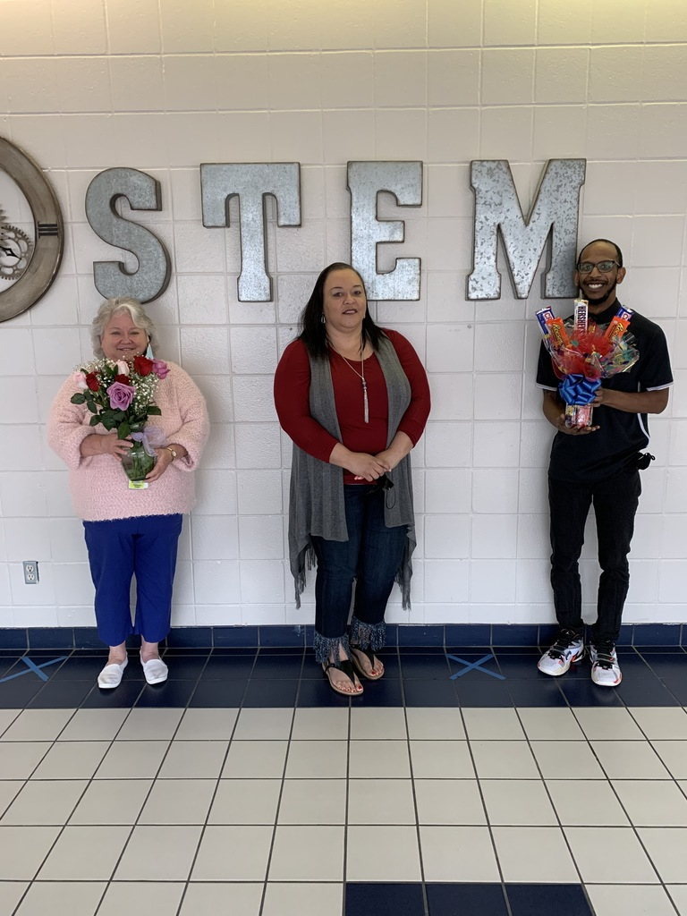 Congratulations to our Staff MVP Mrs. Kathy Smith and Mr. Shemone Nugent. These two teachers have gone above and beyond this past month to make STEM a great place for our students and teachers. Thank you both so much!!